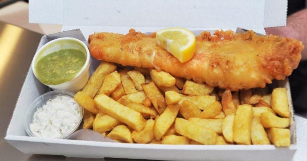 fish and chips - Makanan Jalanan Uk