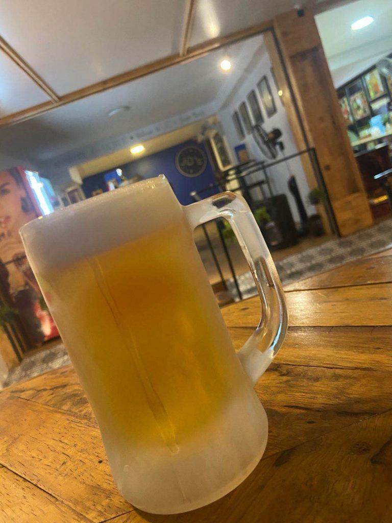 beer at JDs Bar siem reap