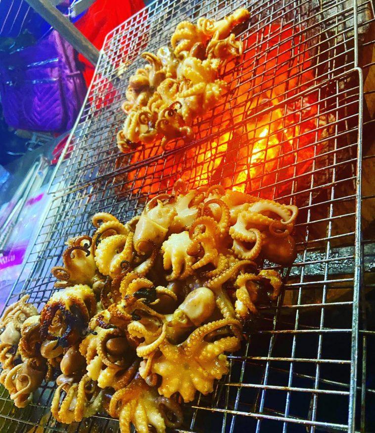 street food in Phnom Penh night market
