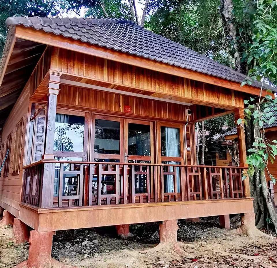 best hotel on Koh Rong